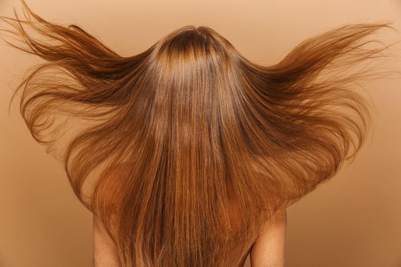 トリートメントと生活習慣が鍵!髪の毛のツヤを出して、後ろ姿美人になりたい!